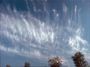 Перистые хребтовидные облака