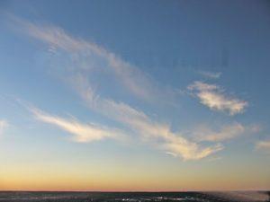 Перистые перепутанные облака