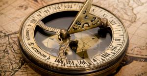 компас на яхте