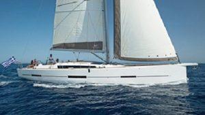 Яхта Dufour-560