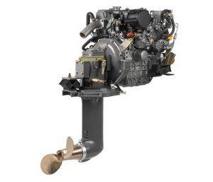 дизельный судовой двигатель